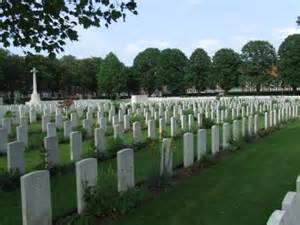 War Graves Ypres  Picture courtesy of www.red-grey.co.uk
